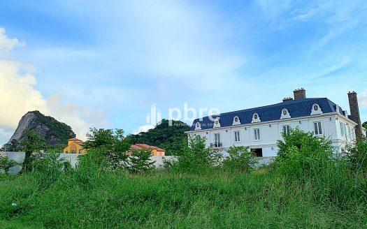 ขายที่ดินเหมาะสำหรับสร้างรีสอรท์ ใกล้ไร่องุ่นซิลเวอร์เลค, Pattaya Bay Real Estate
