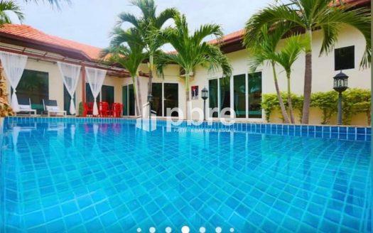 Majestic Residence Villas for sale in Pratumnak Hill, Pattaya Bay Real Estate