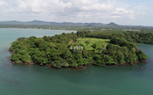 ขายที่ดินแปลงสวย 37 ไร่ แหลมงอบ, Pattaya Bay Real Estate