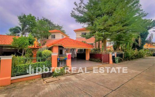 Central Park 3 Village Pool Villa For Sale, Pattaya Bay Real Estate