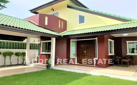 Siam Place Village House for Rent, Pattaya Bay Real Estate