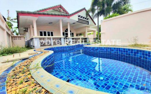 Pool Villa in Silverlake Pattaya for Sale, Pattaya Bay Real Estate