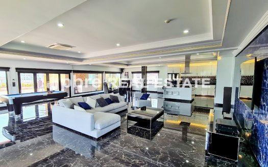 Amazing Penthouse Condo Pratumnak Pattaya, Pattaya Bay Real Estate