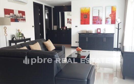 东芭堤雅出售现代泳池别墅, Pattaya Bay Real Estate