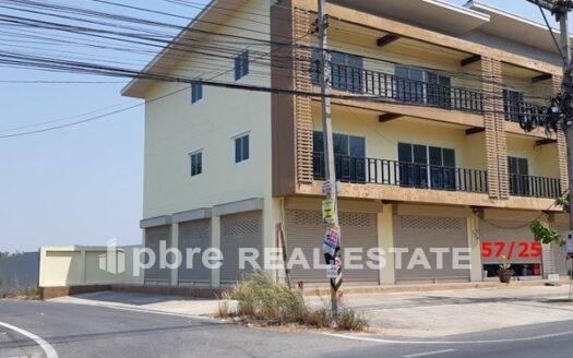 Shophouse for Sale in Baan Amphur, Pattaya Bay Real Estate