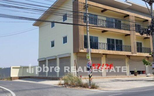 Large Shophouse for Rent in Pattaya, Pattaya Bay Real Estate