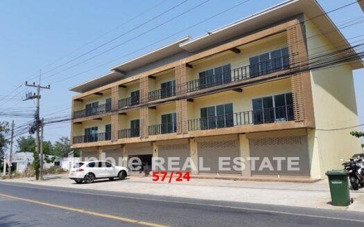 SHOPHOUSE for Rent soi Phoenix golf, Pattaya Bay Real Estate
