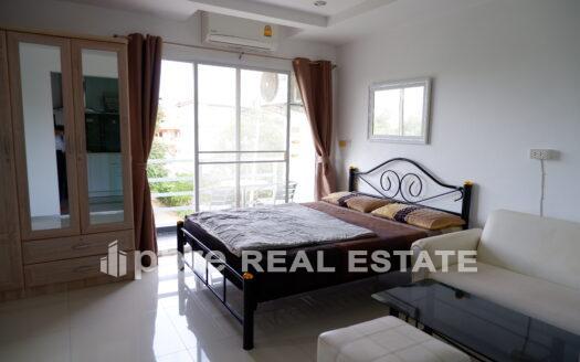 中天海滩和山公寓出售, Pattaya Bay Real Estate