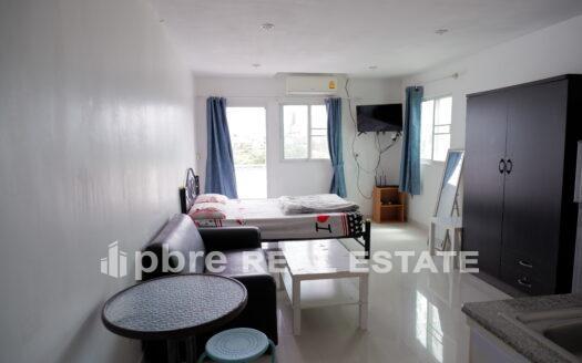出售海滩和山上的公寓, Pattaya Bay Real Estate
