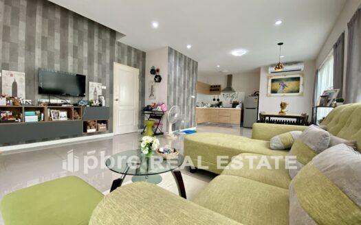 Huay Yai Luxury Villa House for Sale, Pattaya Bay Real Estate
